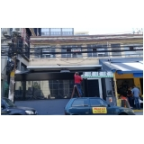 toldo em policarbonato compacto para fachada Embu Guaçú