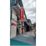 toldo policarbonato articulado para fachada Cidade Dutra